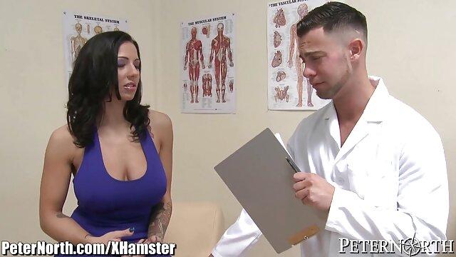 Ich musste ihm Handschellen reife milf pornos anlegen, um ihm seine erste Prostatamassage Handjob zu geben