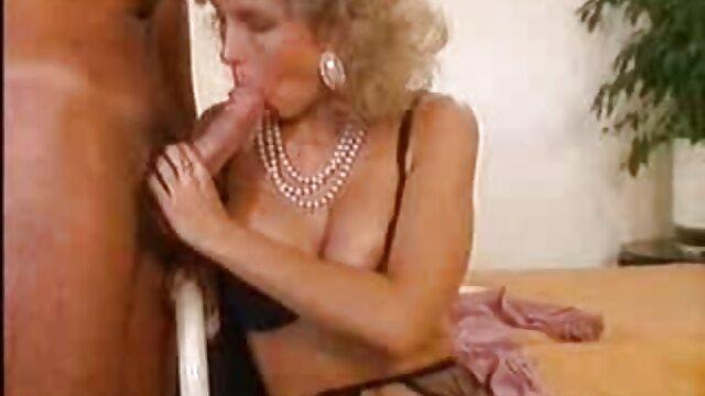 Pretty Quinn kann es kaum erwarten, diese BBC in jedes Loch reife frauen porn video zu bekommen, das sie kann