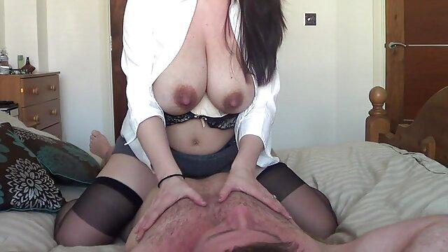 den zusätzlichen Service auf dem Spa pornos mit älteren frauen kostenlos bekommen