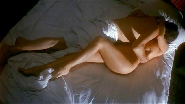 Жорсткий секс зі зв'язуванням з шикарною рудою дівчиною - Ruda free reife frauen porn Katze