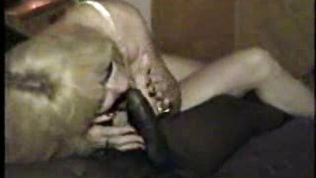 Solo für Snapchat Unterbrochen vom Zimmerservice sex video reife