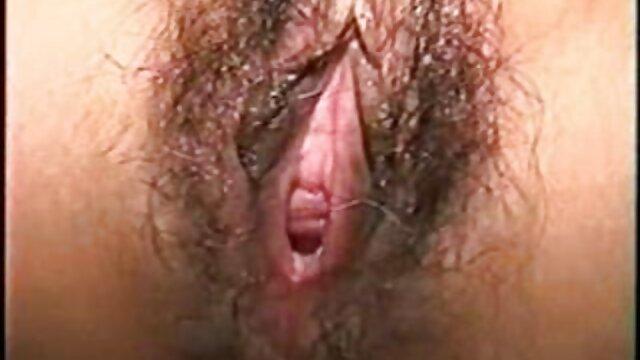 ist so wünschenswert, wenn deutsche alte weiber pornos Sie striptease in Ihrem Pfirsich-BH