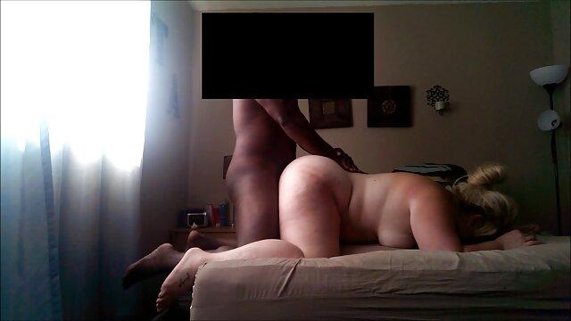 Deepthroat mit sexy sound reife frauen porn hd