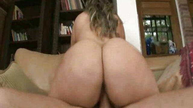 VR BANGERS Hot Date Mit Kurvigen Blondine In Sexy Dessous gratis pornos von reifen frauen VR Porno
