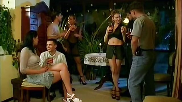 Outdoor hardcore FFM reif sex tube Gruppe sex