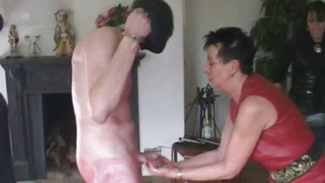 Gotisches Haus der Huren Tag 1 free reife frauen porn