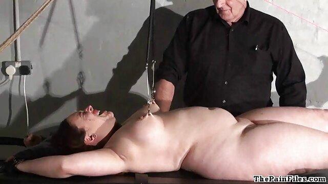 & ZAAWAADI LESBEN ÖFFENTLICHE SHOW reife dame porn @ VENUS EROTISCHE MESSE