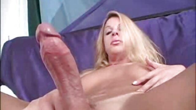 18 летние подростки reife hausfrauen porno ебутся утром на кухне.(любительская пара Koskaetleska)