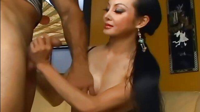 Geheimnis Skype Zeigt 3 ältere damen porn ~ Tut so gut