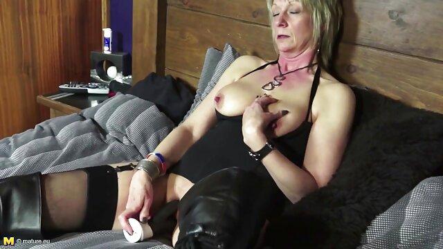 Glatte kostenlose pornos mit älteren frauen Muskel Blase Twink Gefickt Big Cumshot Letthemwatch