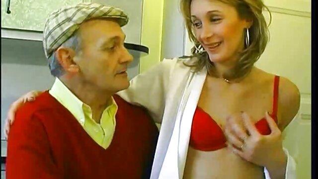 Niedlich MILF gibt mir einen free porn reife frauen erstaunlichen blowjob