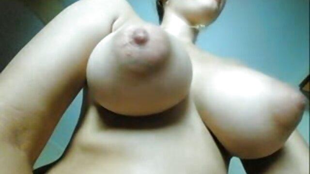 Sexy TS Lucia Maya Spielt mit Ihrem Schwanz, Finger Ihren kostenlose reife frauen pornos Arsch, Reitet Dildo & Cums