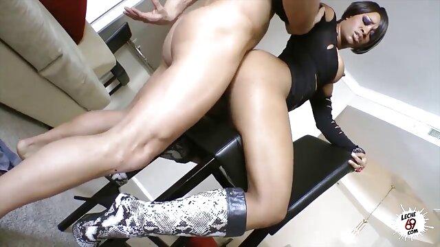 MS. HUNNIIE, ES IST porno videos mit reifen frauen ZEIT DAFÜR!!!