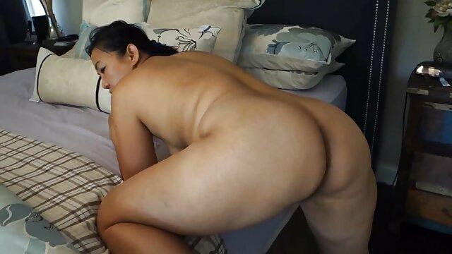 X-mas Blowjob mit Sperma im Mund von sex mit reifen frauen hd