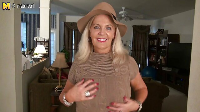 busty mom gibt titjob reife fotzen porn mit riesigen Last