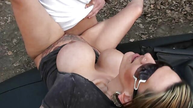 Sexy squirting in Roten reife frauen sex hd Dessous