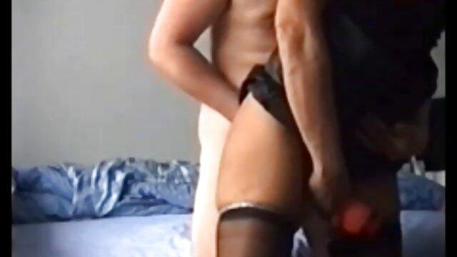 Imaginata fickt und hat Spaß (stöhnt) mit Nippel - reife xxx und Klitoris-Klemmkette