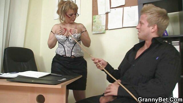 Süßer Footjob reife damen porno
